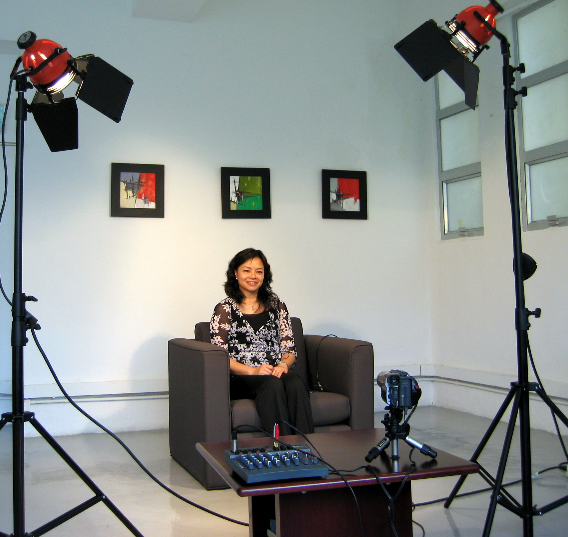 A media training program from Dillon Communications will make you more comfortable in media interviews